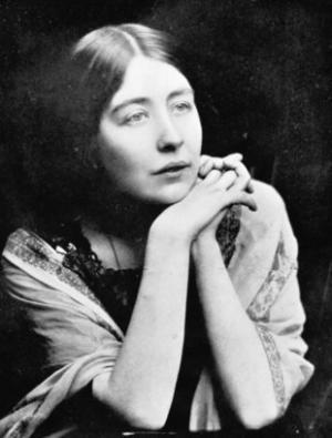 Suffragette Sylvia Pankhurst, taken in 1910 – Photo:Wikimedia