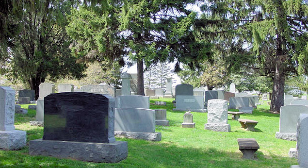 Mt. Carmel Jewish Cemetery in Philadelphia, before it was desecrated -  Photo: ingenweb.org