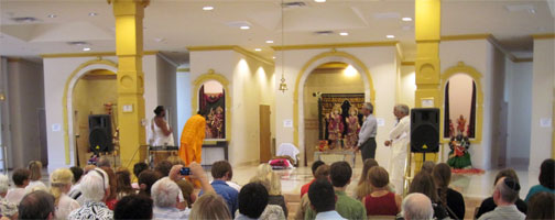 NAIN, North America's oldest grassroots interfaith network, visited a temple that serves two traditions, Hindus and Jains, at their gathering in Phoenix, Arizona, this summer. For details, see the report below.