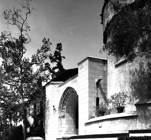 Entrance to Los Feliz Convent, taken in 1927 – Photo: Jim Lewis, Los Angeles Public Library Photo Collection