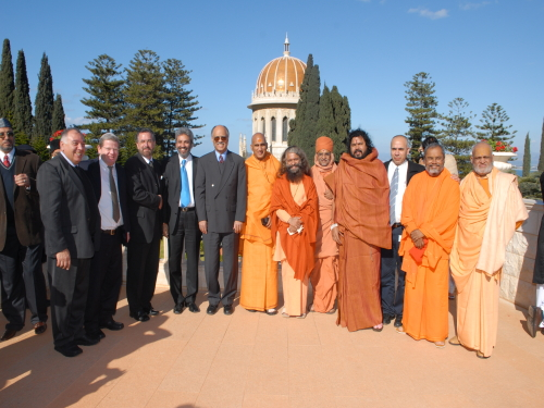 Visit to the  Bahá'í Gardens in Haifa during the second Hindu-Jewish Leadership Summit  – Photo:  RDR