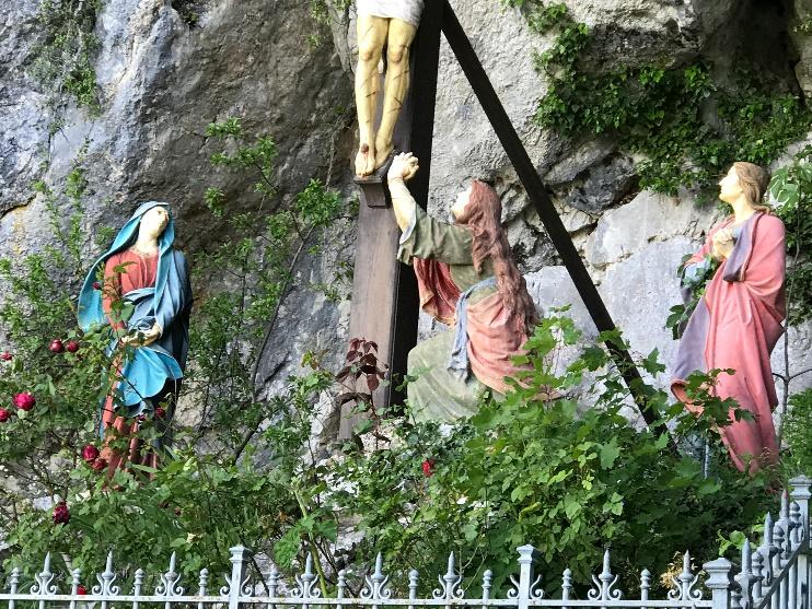 Tableau outside monastery on St. Buame –Photo: Kay Lindahl
