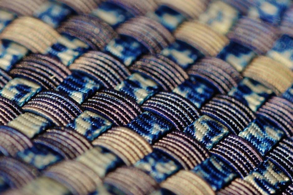 We are all woven together spiritually – Photo:  Alexas, Pixabay