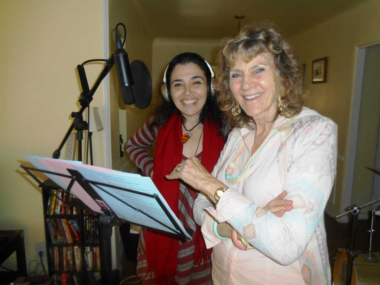 Singer Julia Kantor (l) and Ruth Broyde Sharone – Photo: RS
