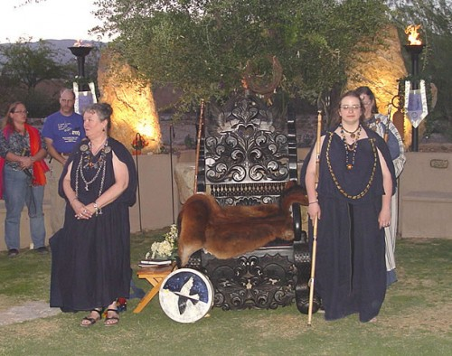Diana Paxson leading Seidh ceremony at a Druid (ADF) gathering – Photo: ADF