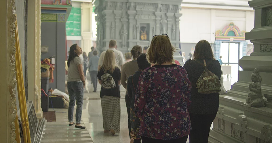 Touring a Hindu Temple in Toronto – Photo:    Encounter