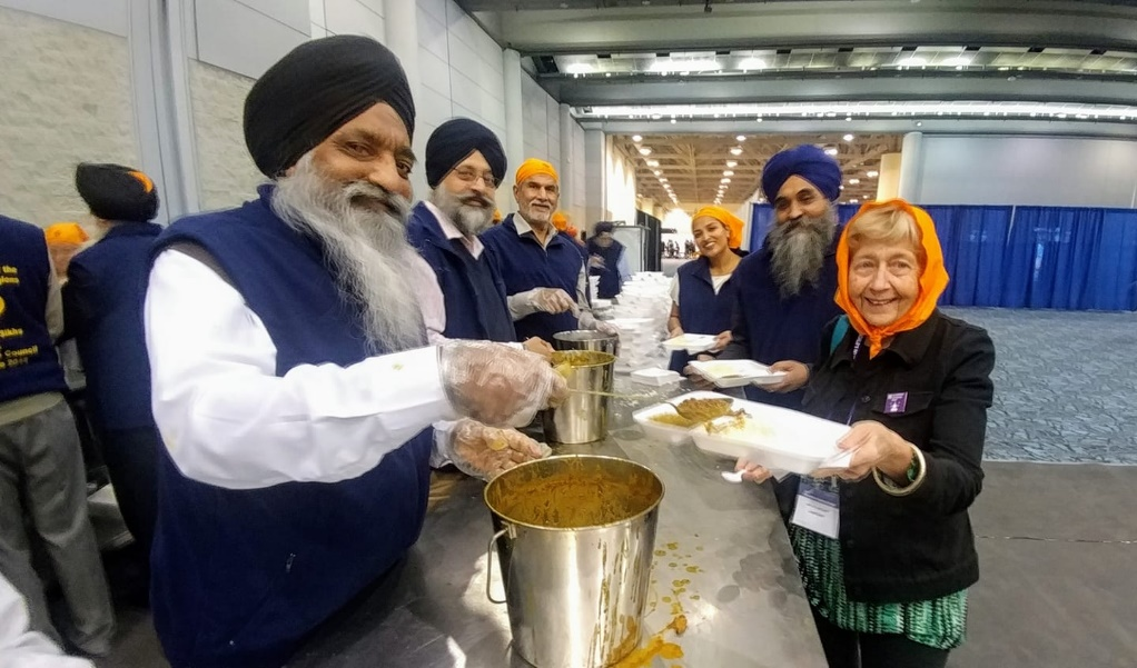 Langar at the 2018 Parliament – Photo:    United Religions Initiative
