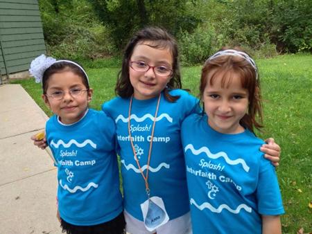 New Splash Camp friends – Photo: Betsy LaVela