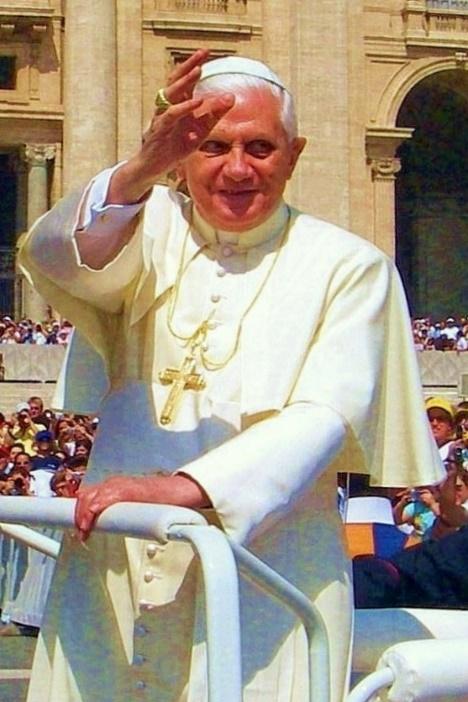 Pope Benedict XVI – Photo:    Wikimedia