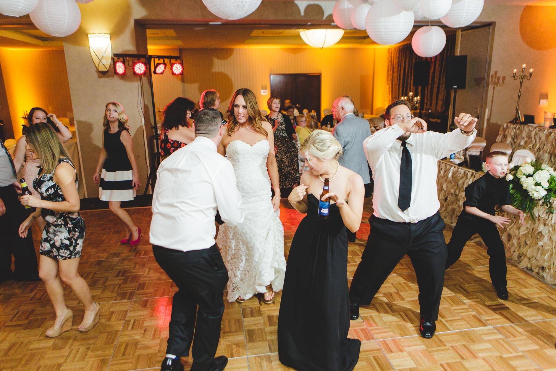 Buffalo-Wedding-Photographer_055.jpg