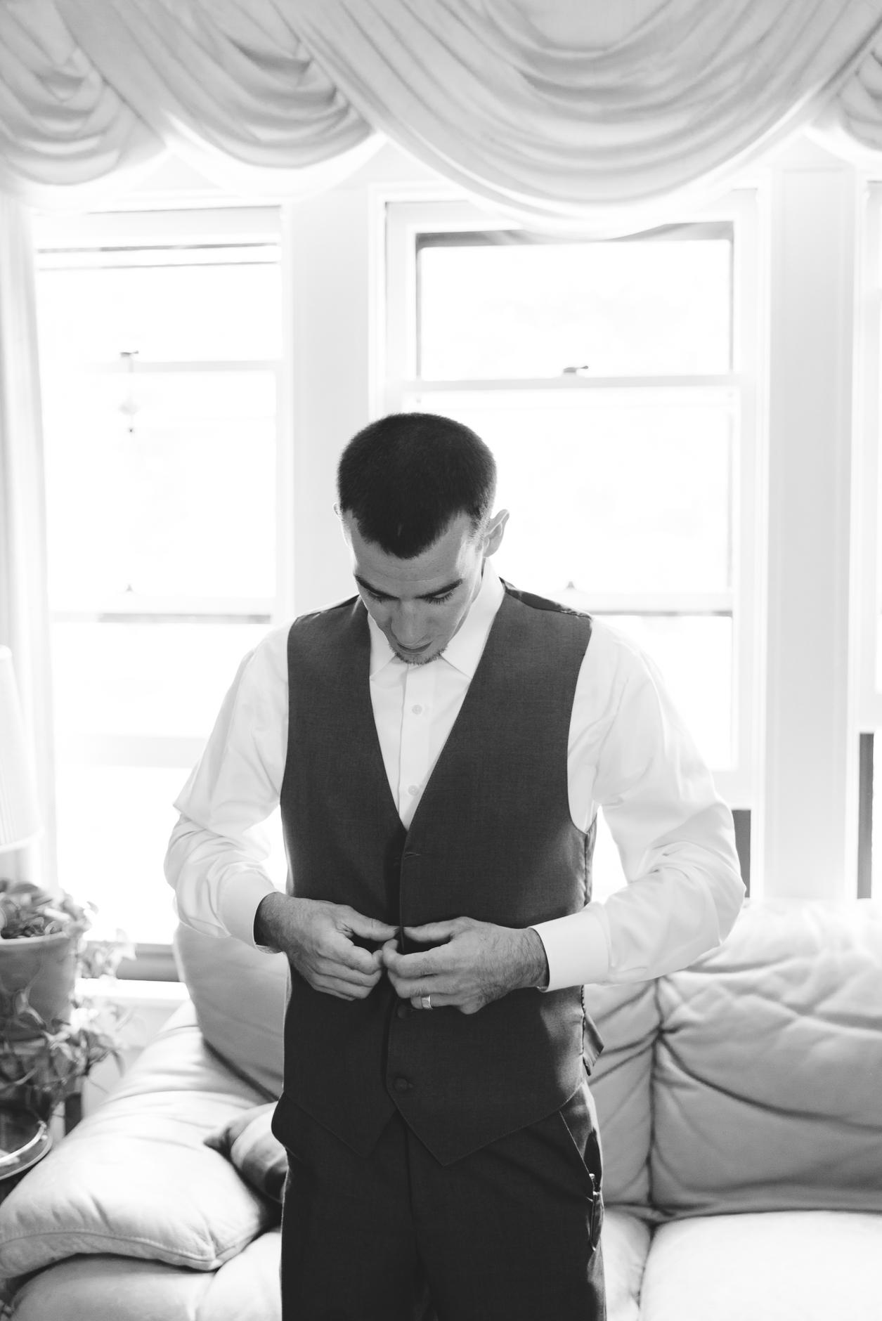Best_Buffalo_NY_Wedding_photographer_015.jpg