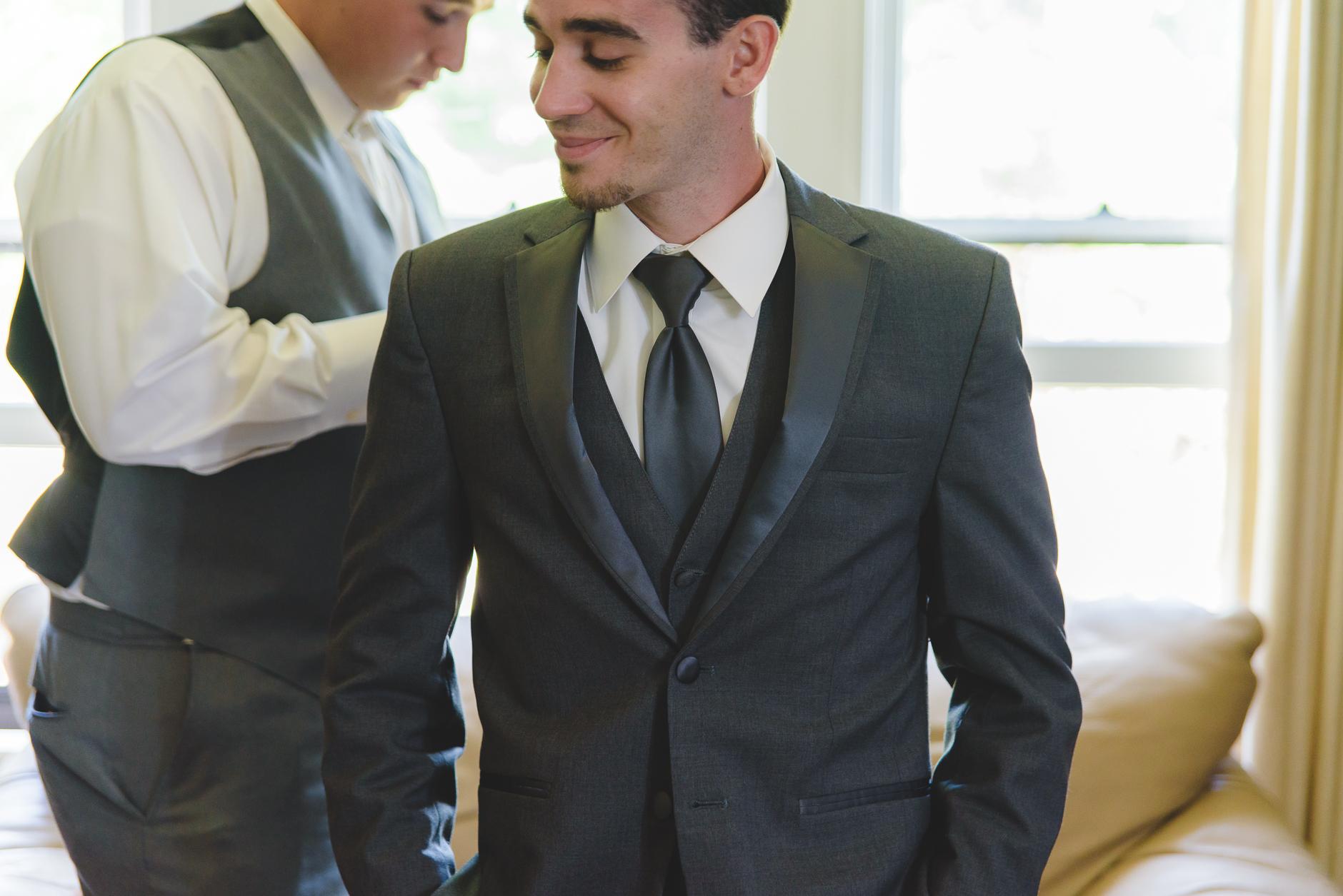 Best_Buffalo_NY_Wedding_photographer_017.jpg