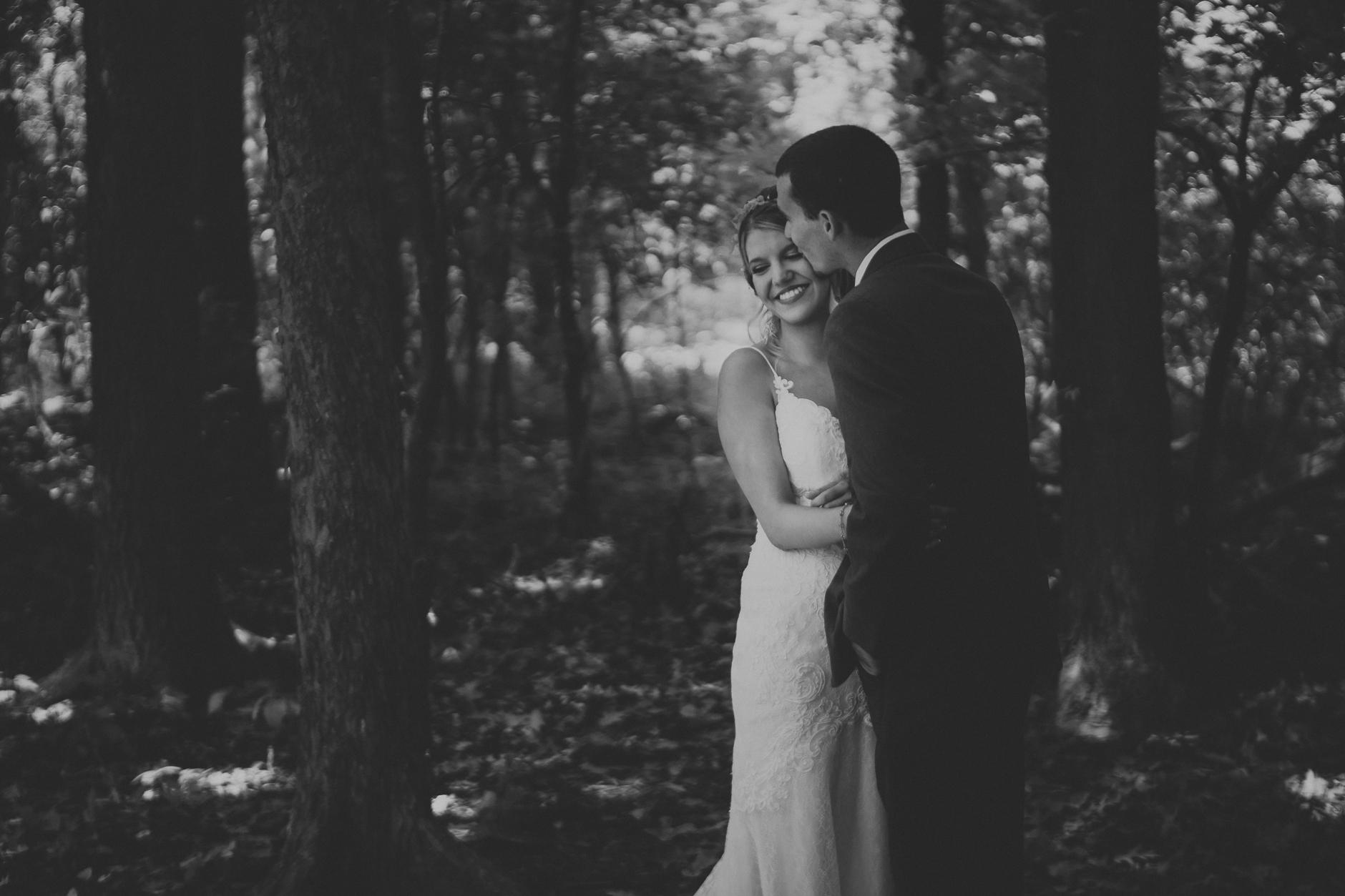Best_Buffalo_NY_Wedding_photographer_025.jpg