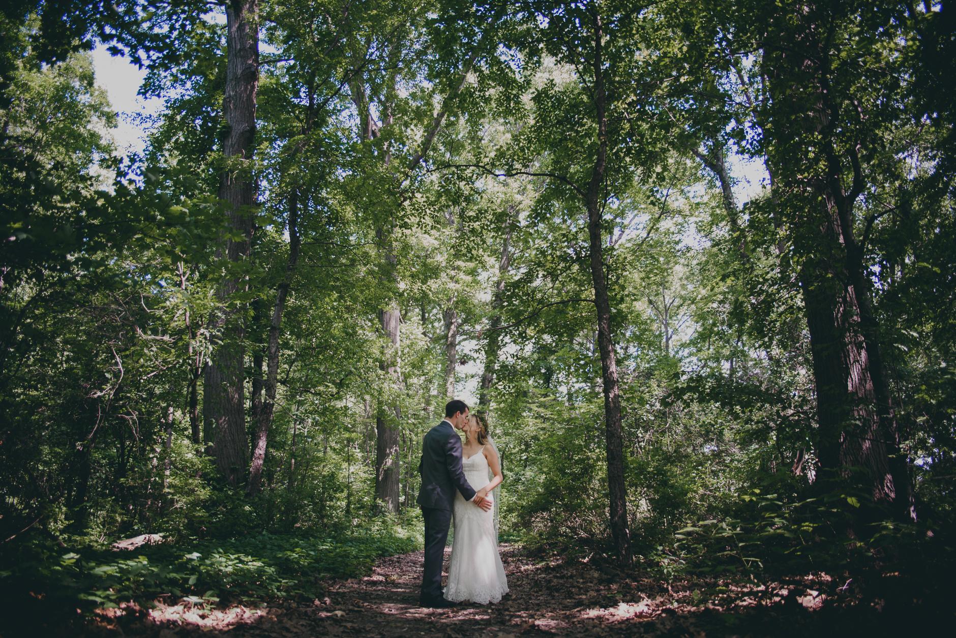Best_Buffalo_NY_Wedding_photographer_030.jpg