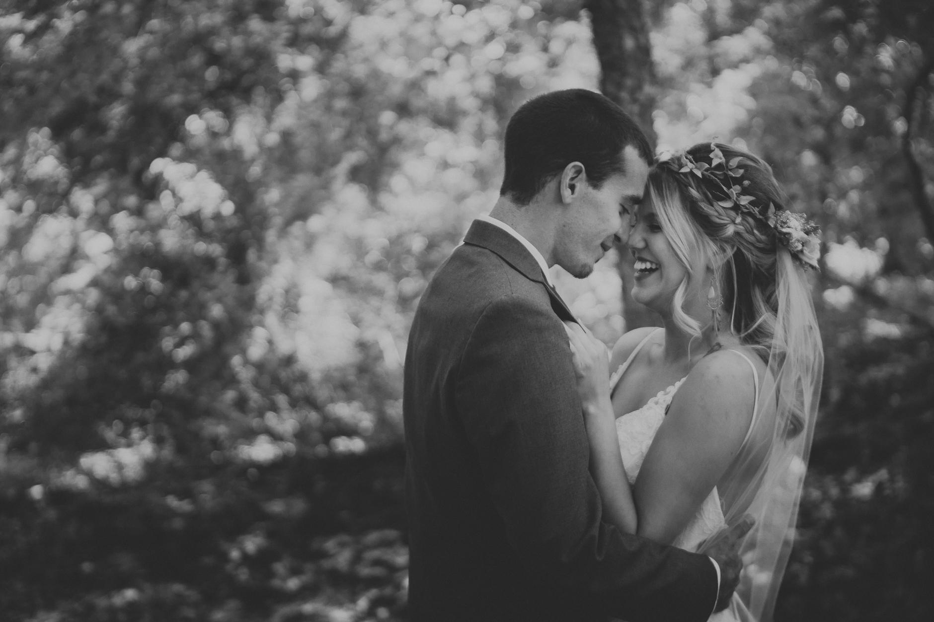 Best_Buffalo_NY_Wedding_photographer_032.jpg