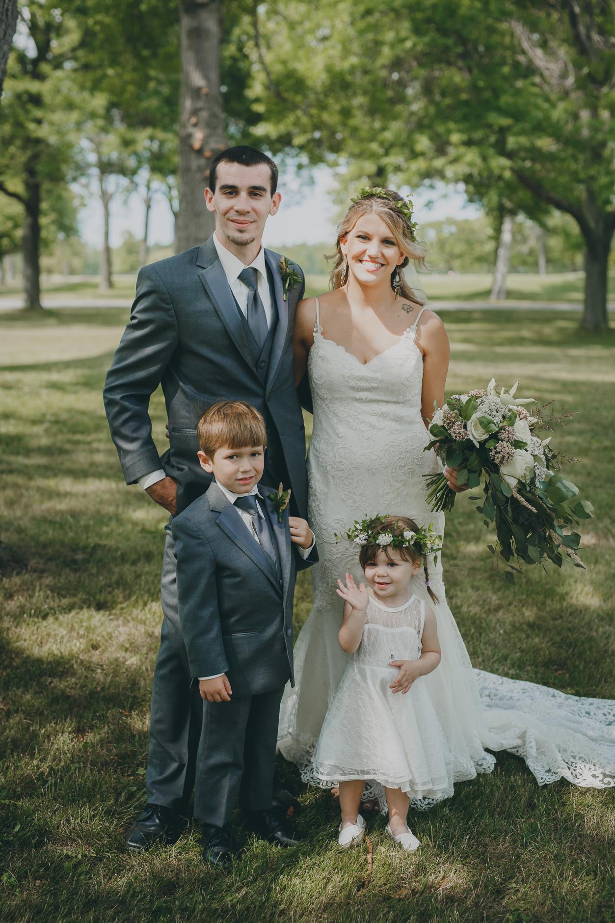 Best_Buffalo_NY_Wedding_photographer_039.jpg