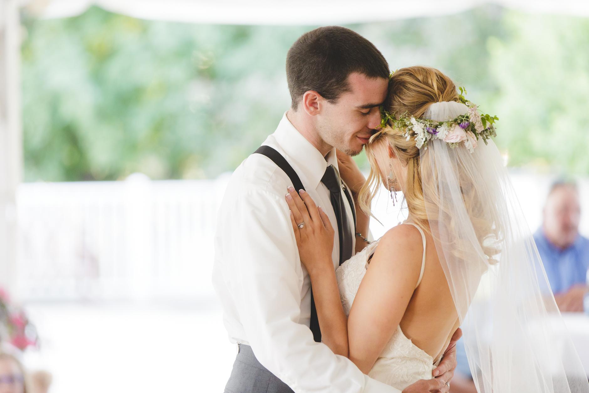 Best_Buffalo_NY_Wedding_photographer_080.jpg