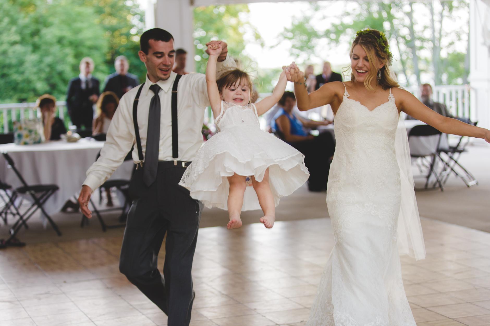 Best_Buffalo_NY_Wedding_photographer_082.jpg