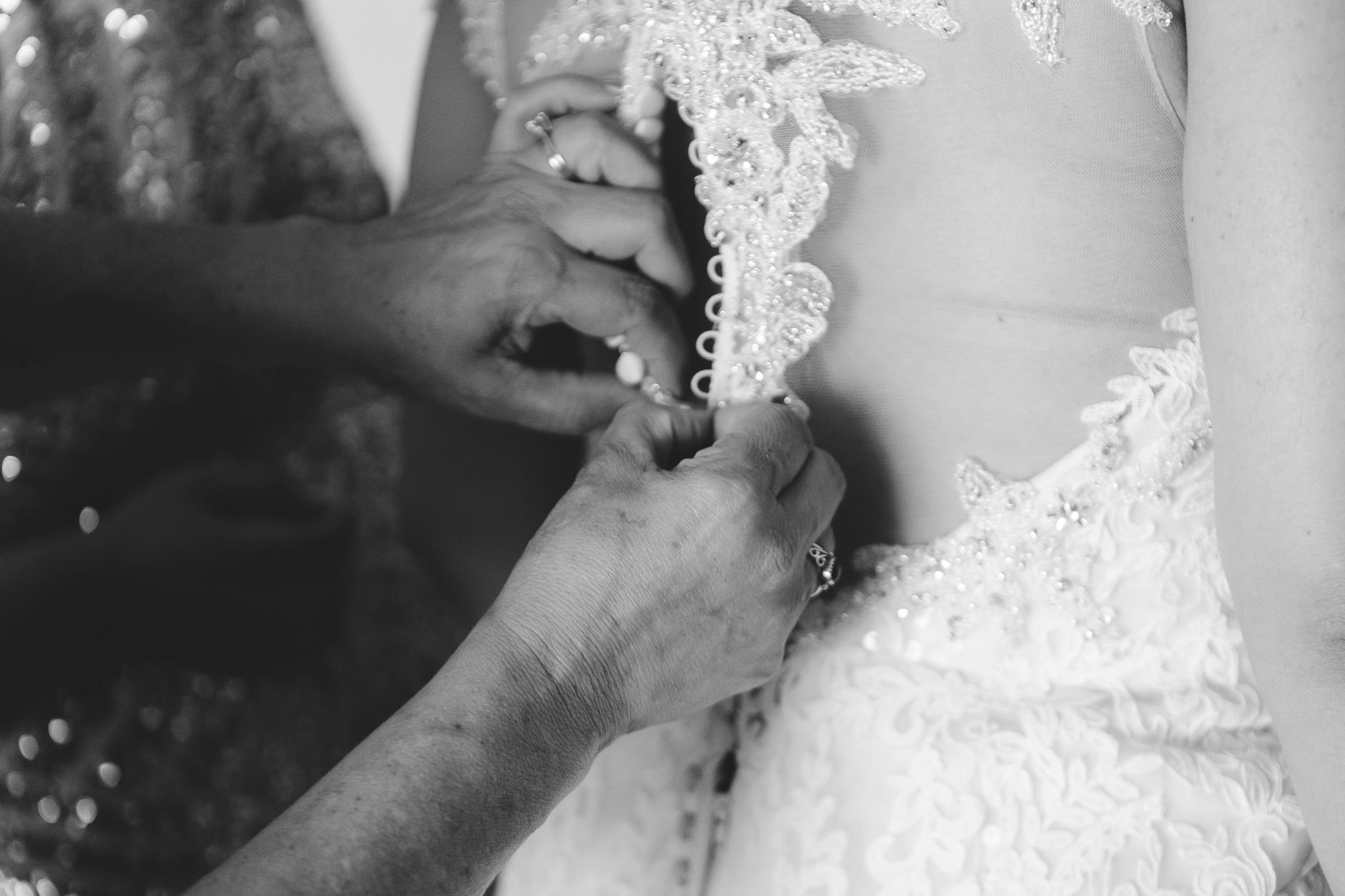 Buffalo-Wedding-Photographer_013.jpg