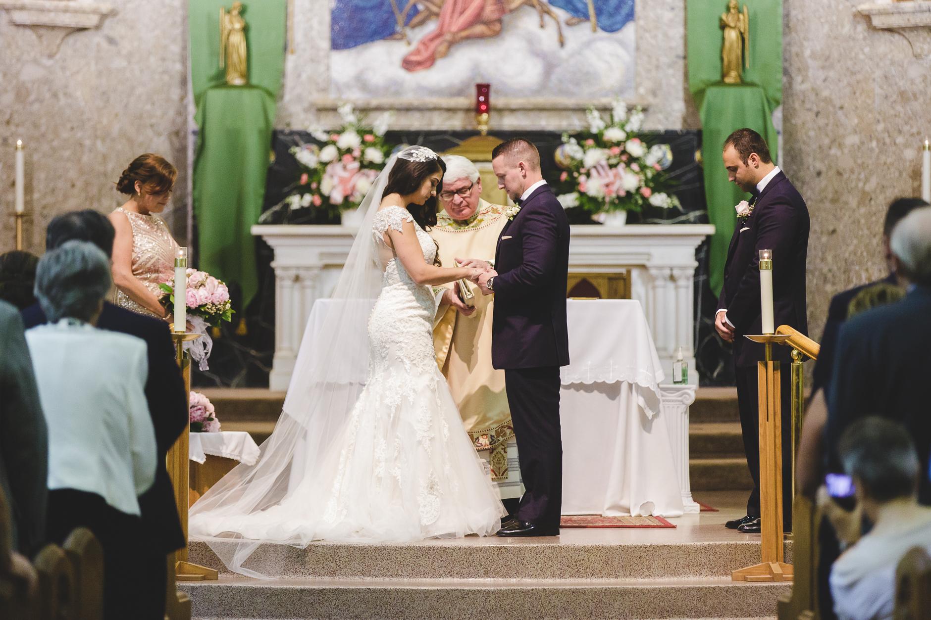 Buffalo-Wedding-Photographer_024.jpg
