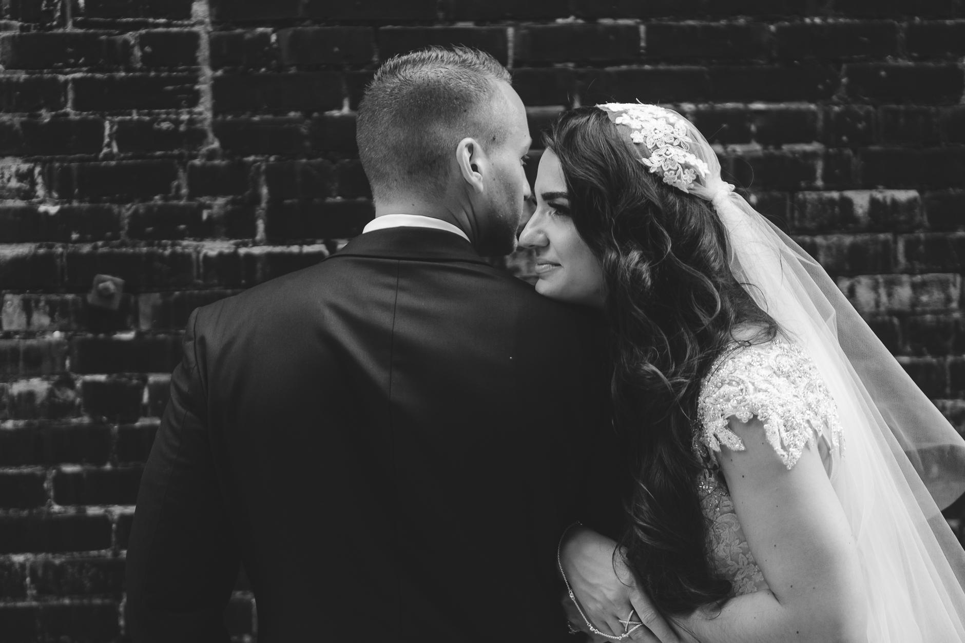 Buffalo-Wedding-Photographer_035.jpg