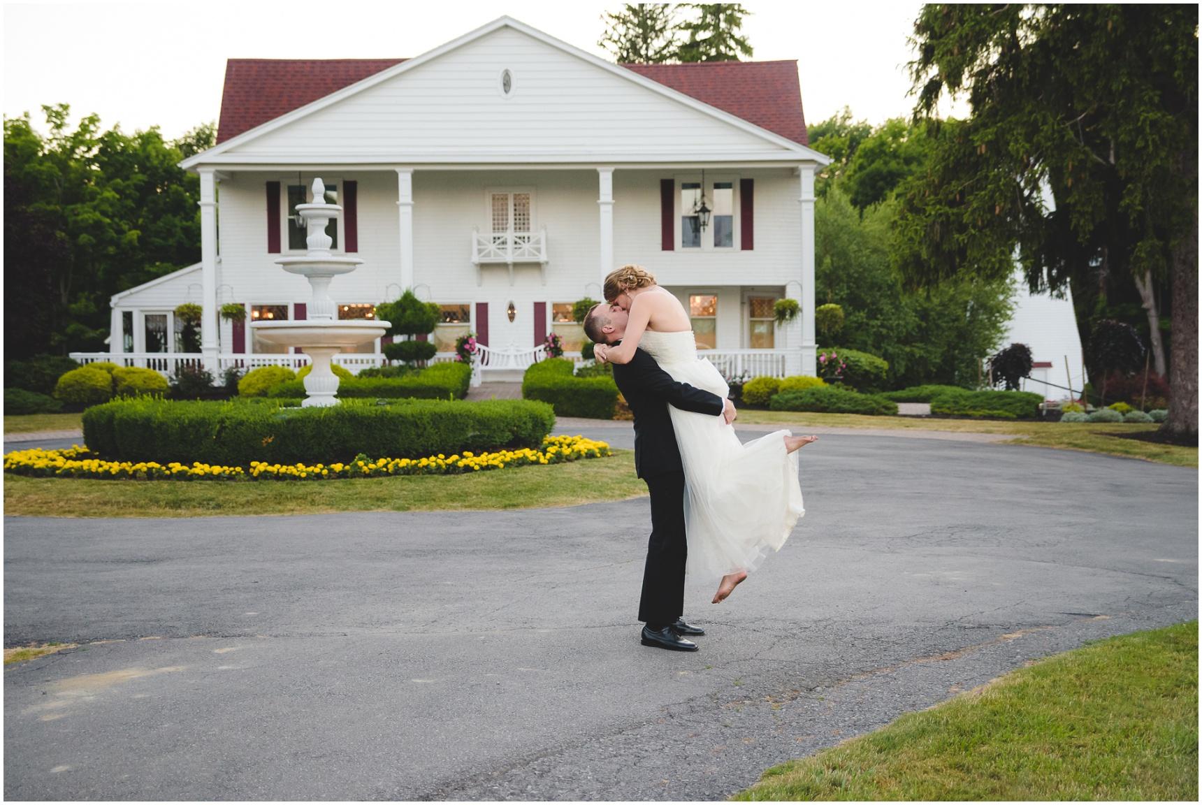 Buffalo-Avanti-Wedding-Photographer_064.jpg