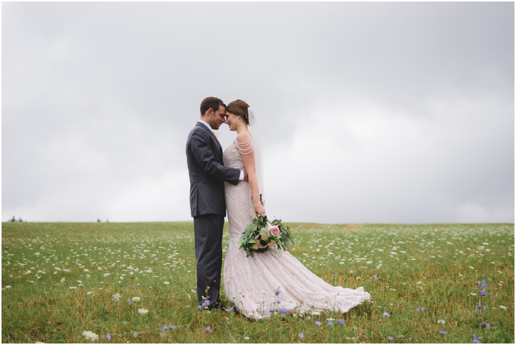 Buffalo_Wedding_Photography_Pics_038.jpg