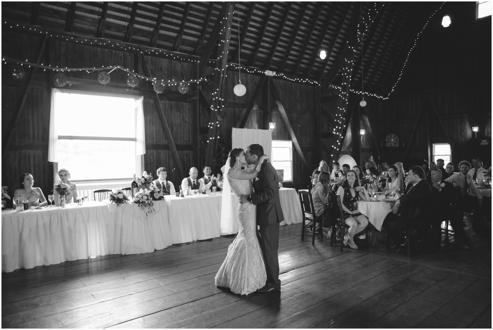 Buffalo_Wedding_Photography_Pics_068.jpg
