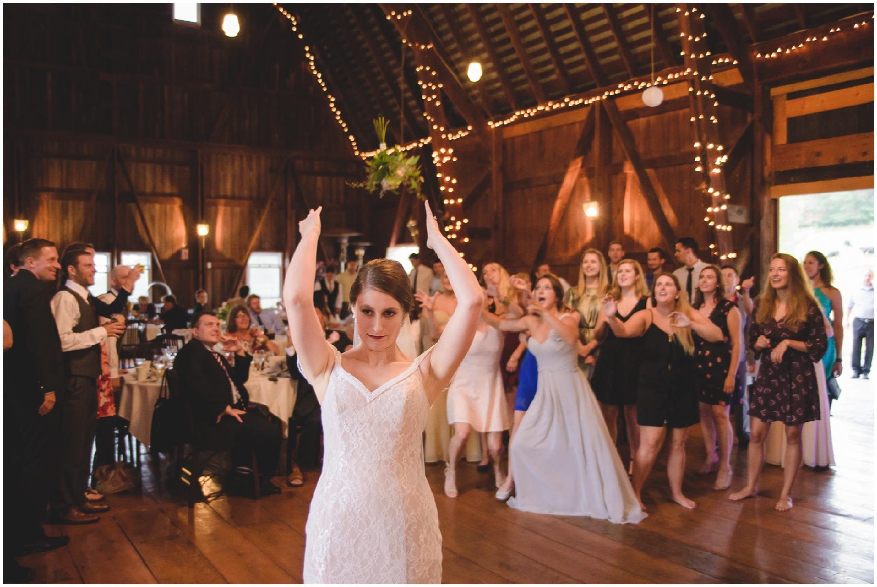 Buffalo_Wedding_Photography_Pics_070.jpg