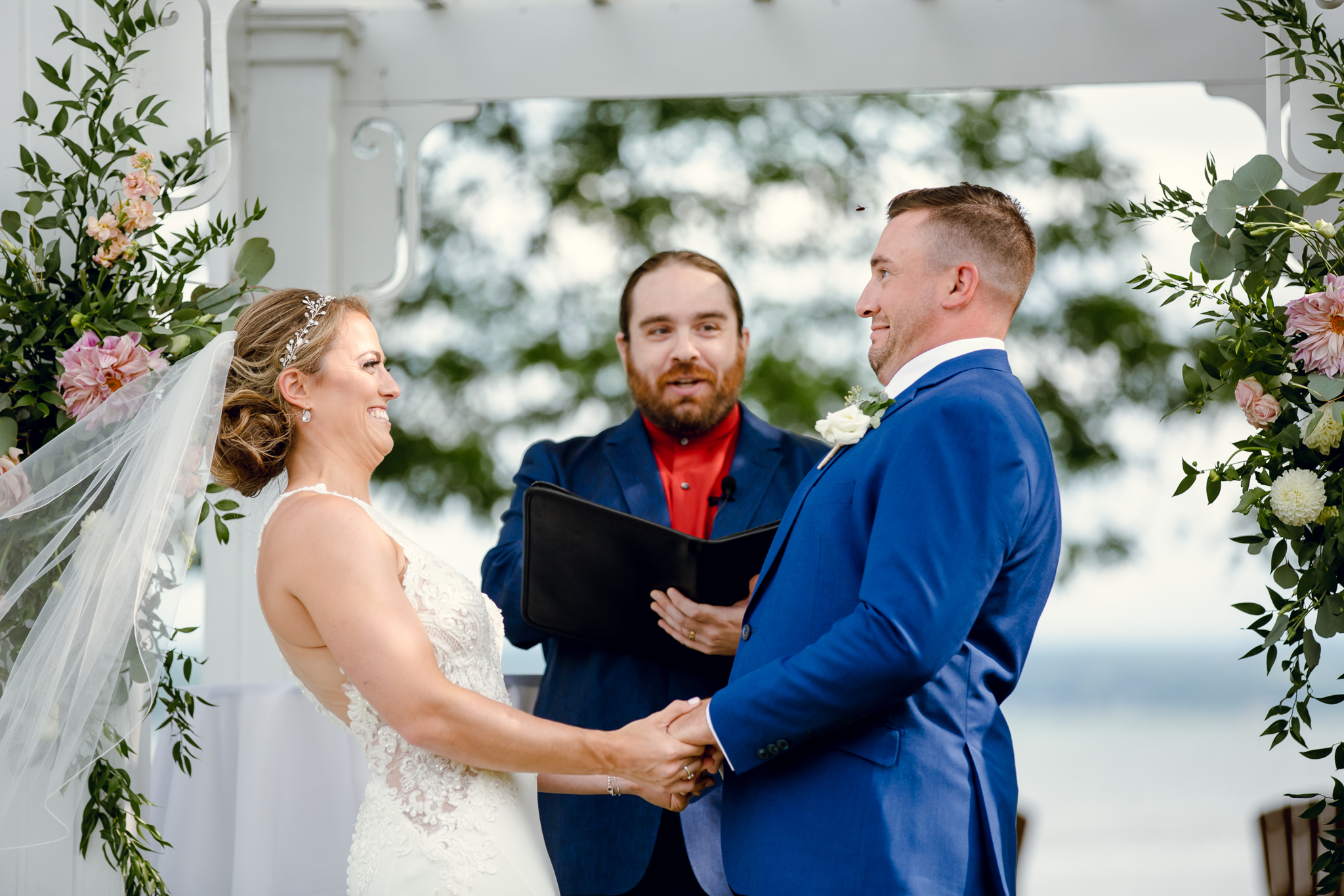 Inn on the Lake Canandaigua Wedding Photography by Buffalo Wedding Photographer Becca Sutherland Photography