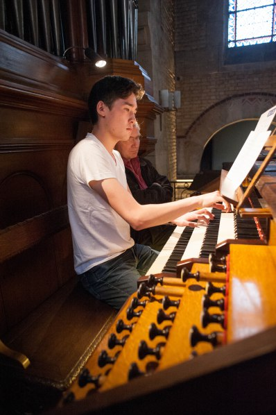 Noel plays Franck's Prelude, Fugue, and Variation on the Cavaillé-Coll organ of St. Antoine.