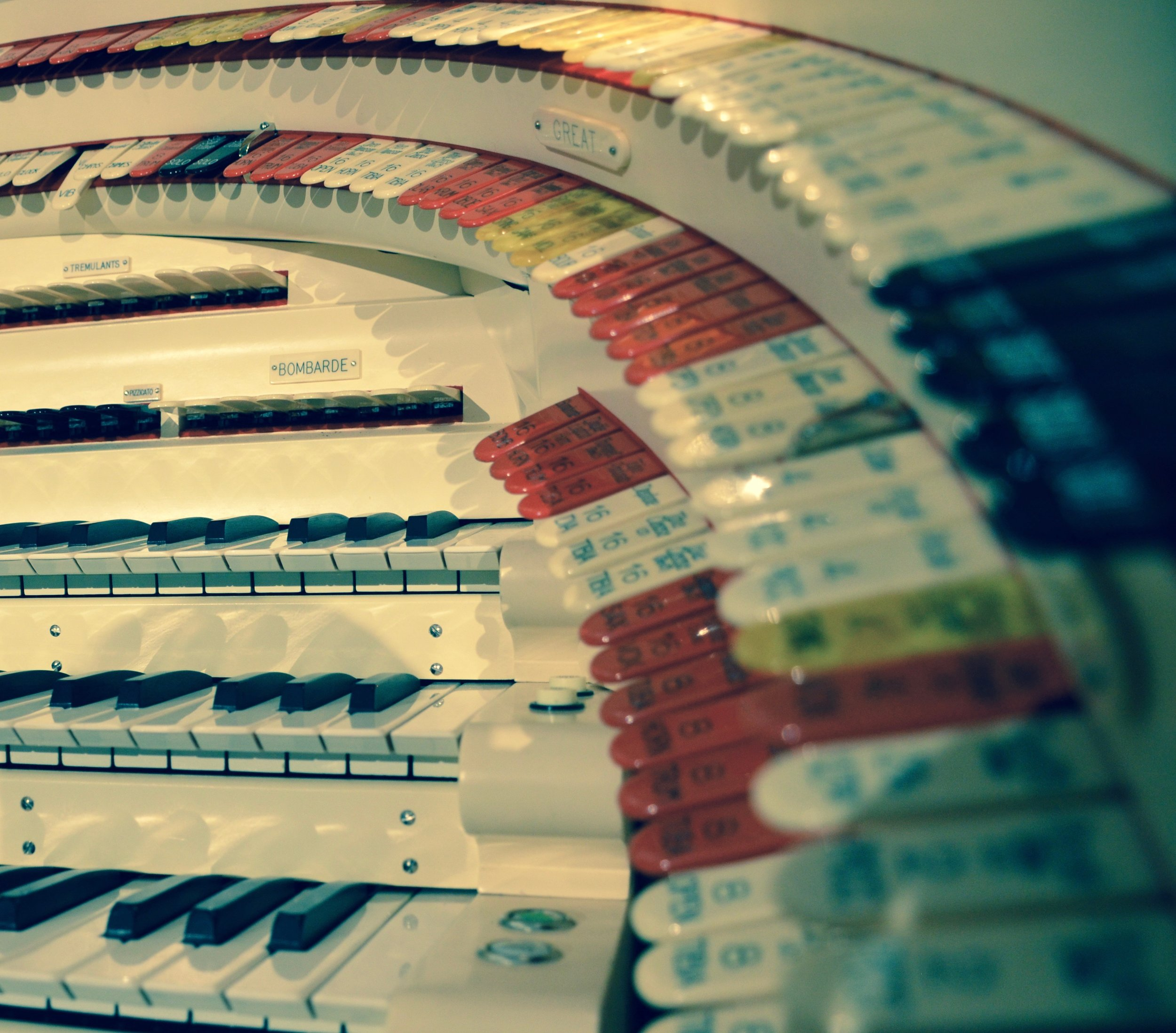 Wurlitzer Stop Tabs, Shanklin Music Hall