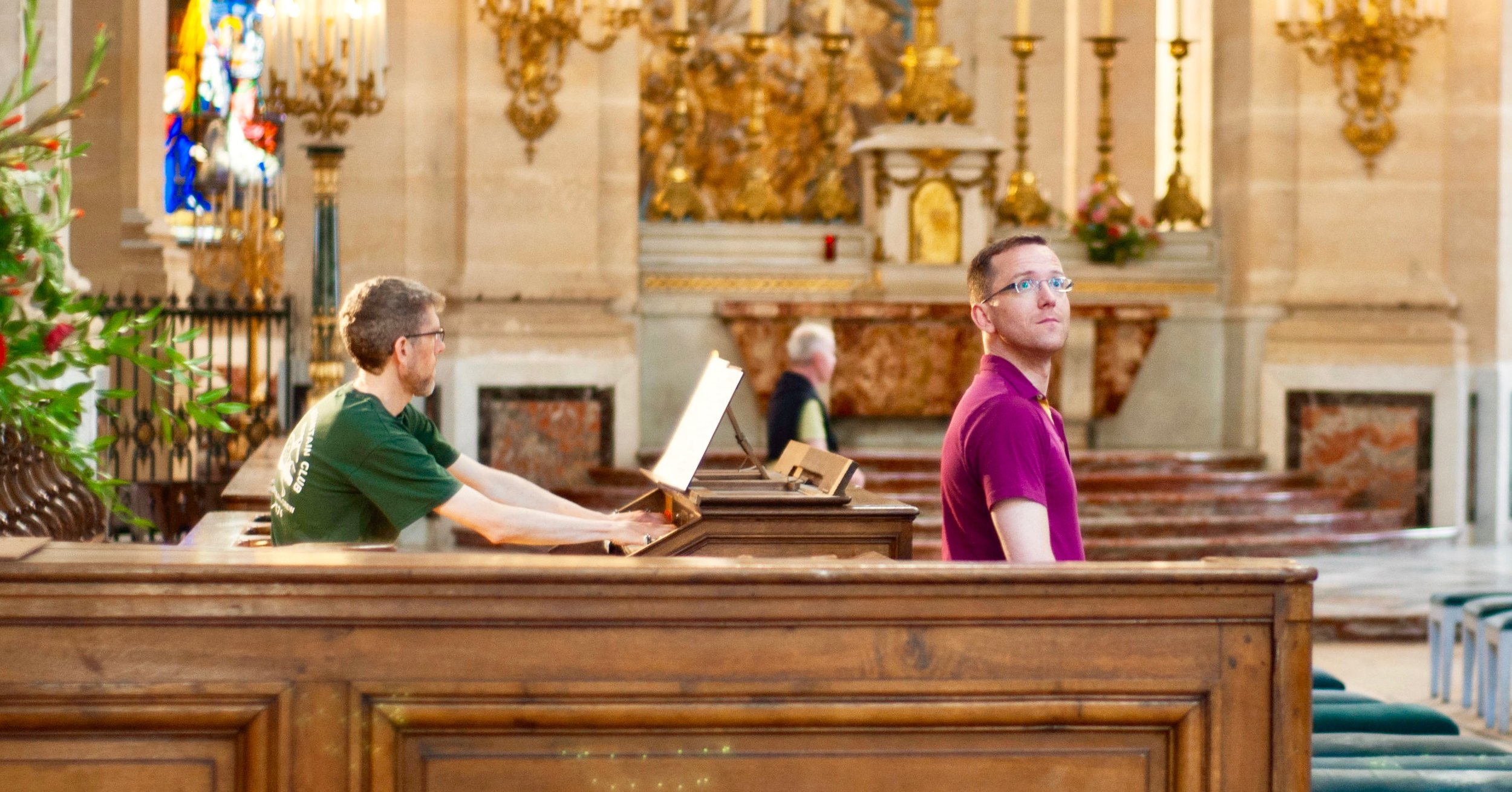 Chris Porter plays the Choir Organ at Saint Louis
