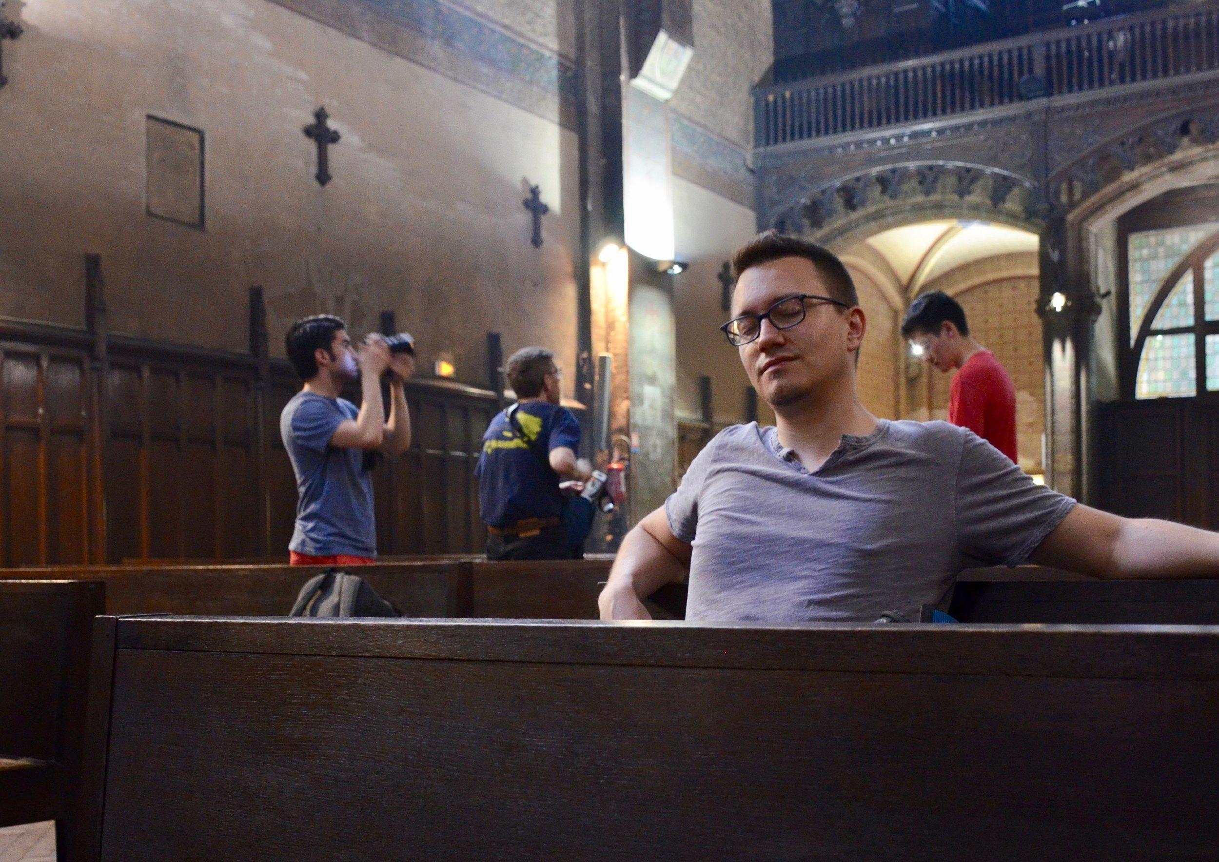 Corey De Tar listening to the Puget organ in Notre-Dame du Taur, Toulouse