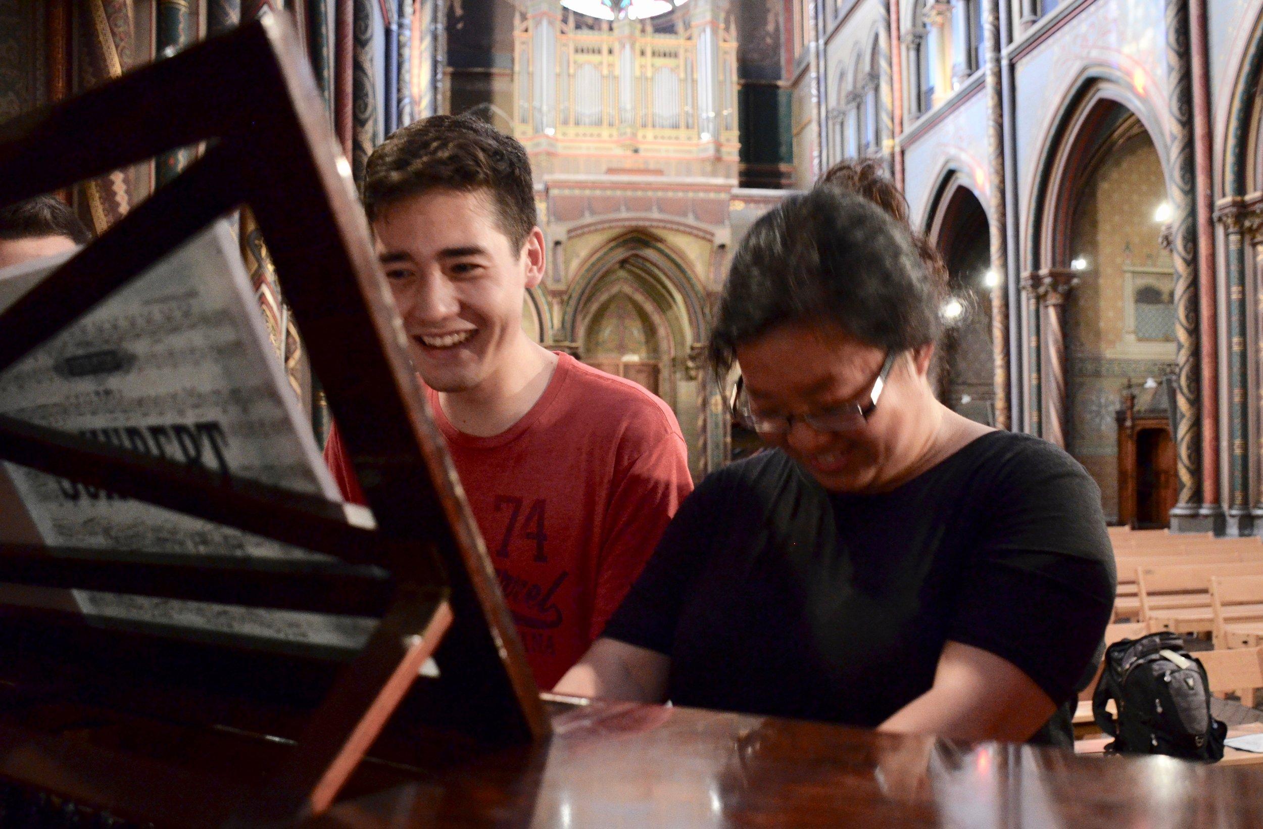Noel de Sa e Silva and Jennifer Hsiao perform Schubert duets on the pedal piano in Gésu Church, Toulouse. Boston Organ Studio.