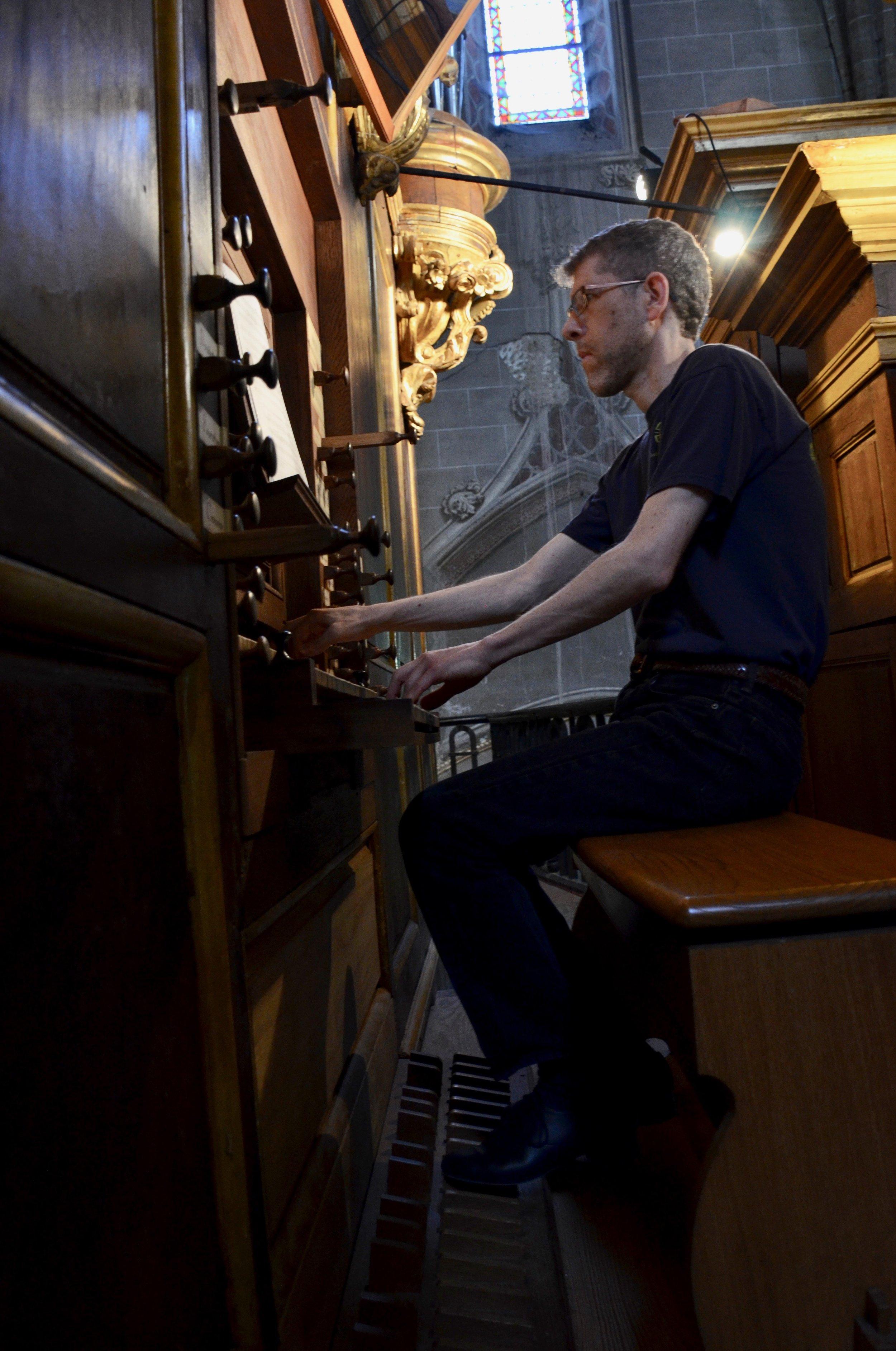 Chris Porter plays the historic organ in Cintegabelle, France.