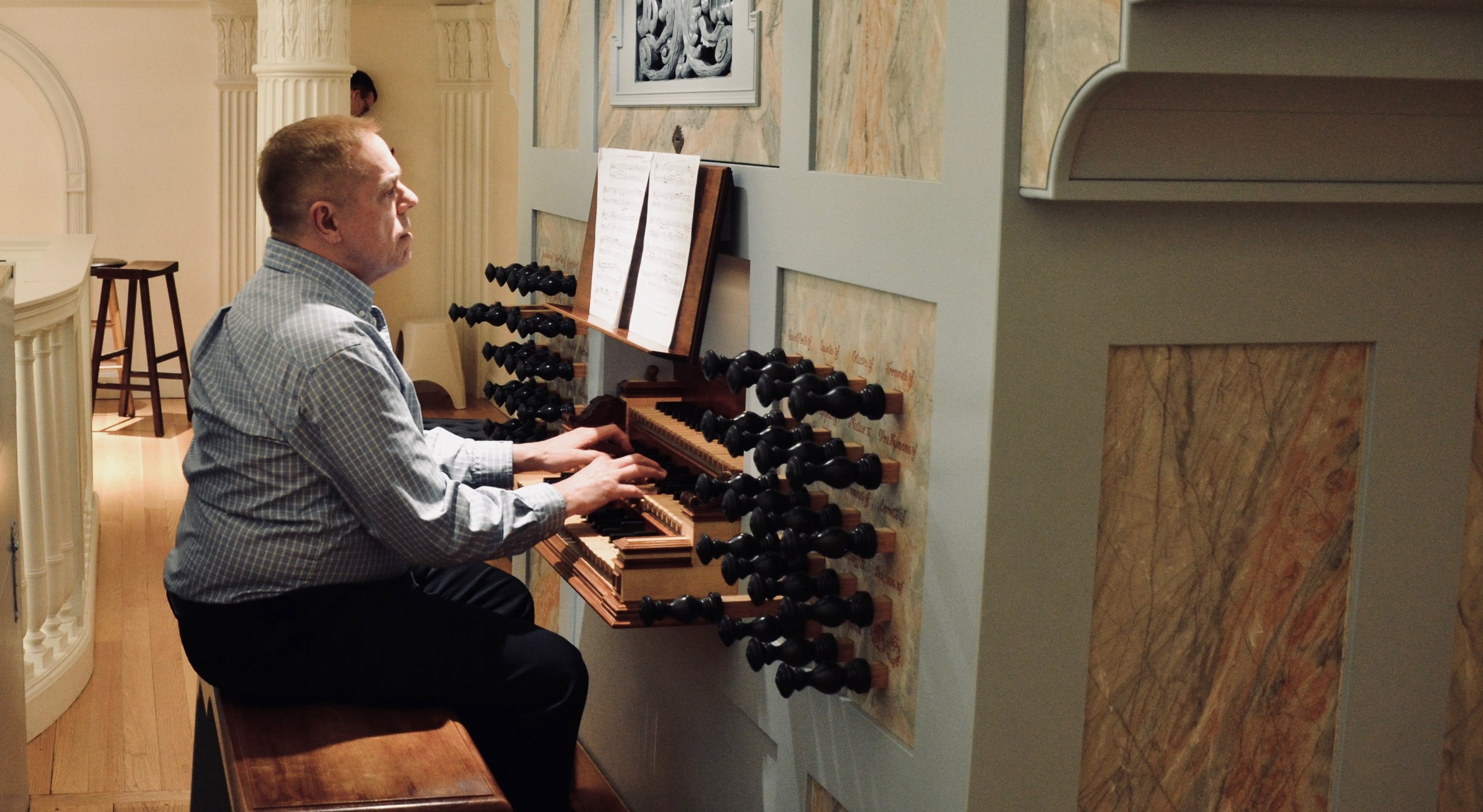 Joseph Srednicki plays Frescobaldi in Marquand Chapel, Yale University.