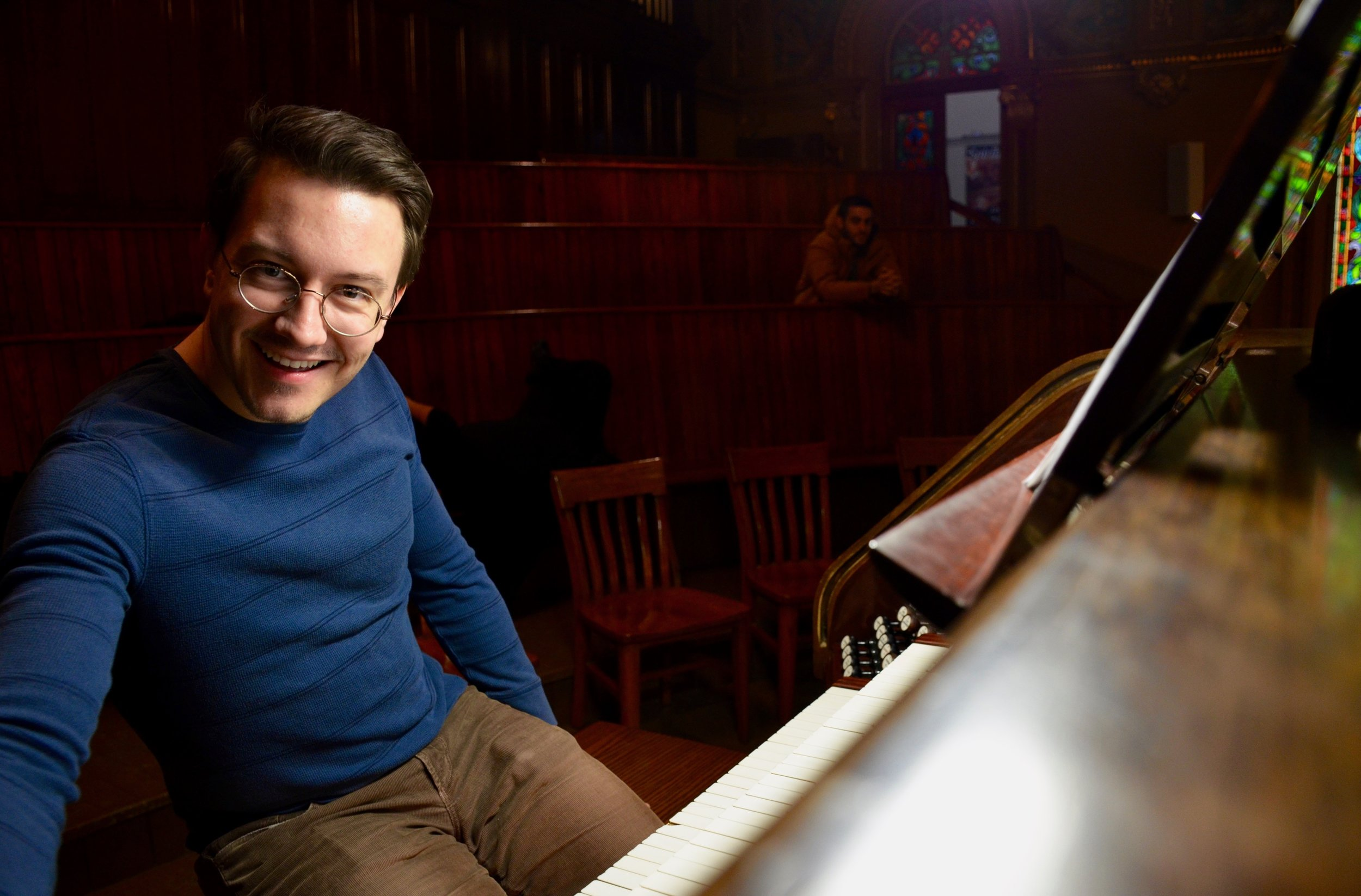 Corey de Tar plays the Casavant organ, Eglise St-Jean Baptiste, Montreal
