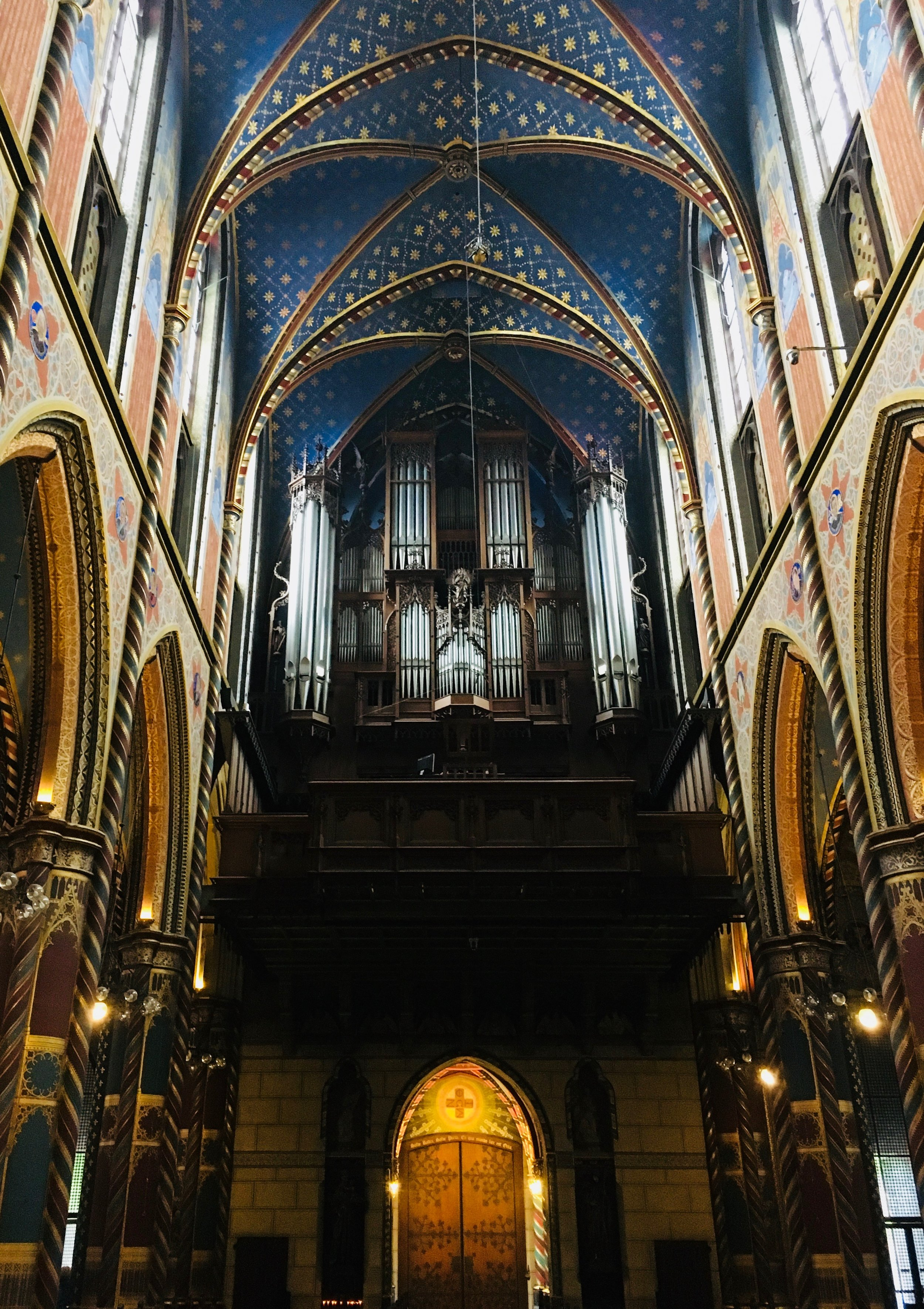 Boston Organ Studio member visits the romantic organ in Kevalaer, enroute to meeting the group in Amsterdam.