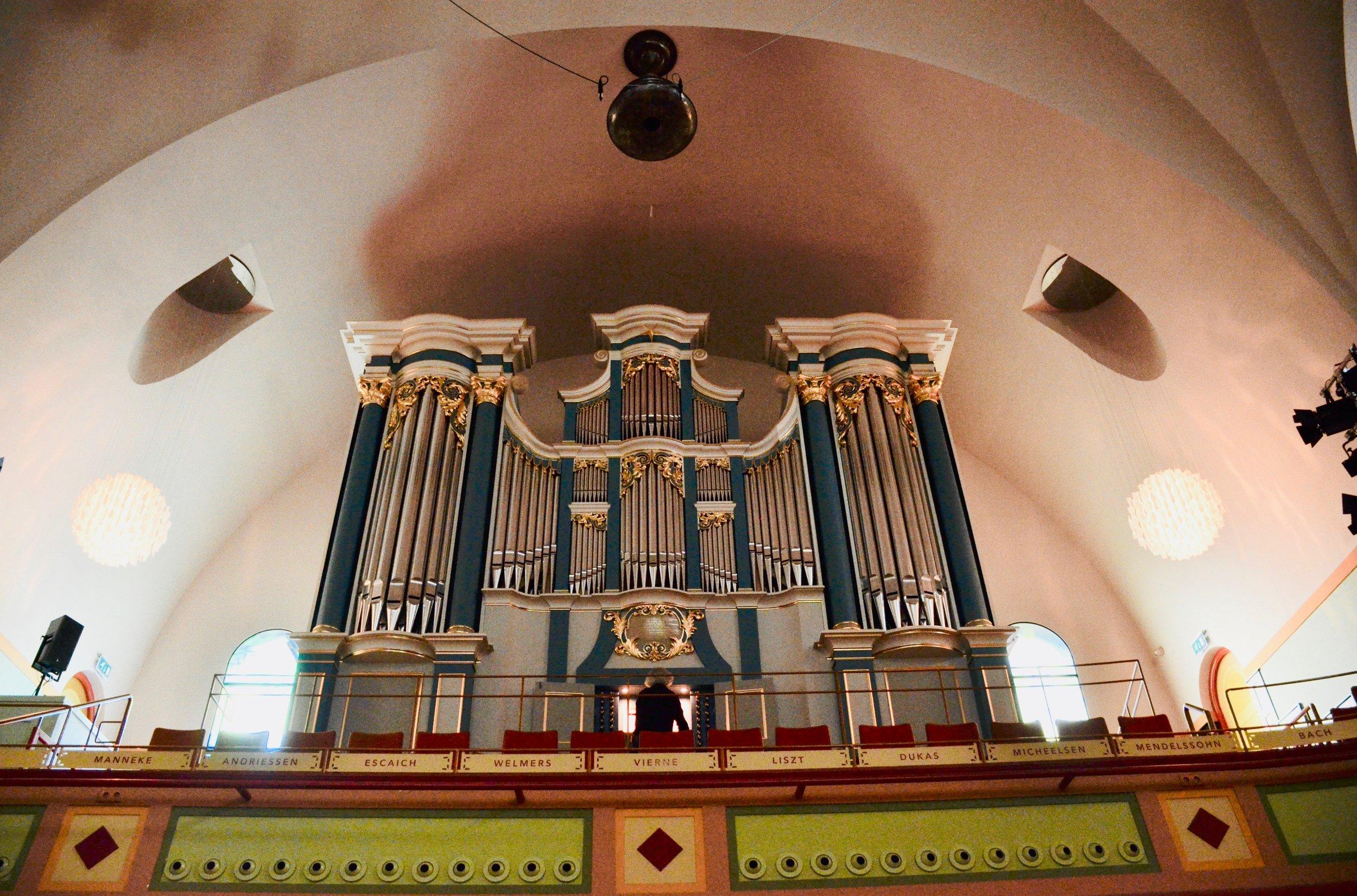 Hans Fidom demonstrates the new Utopa Baroque Organ at Orgelpark, Amsterdam. Boston Organ Studio.