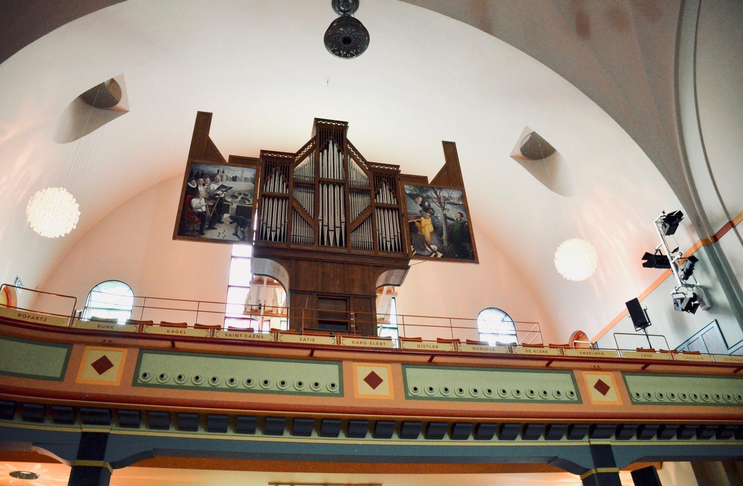 The Van Staten blockwerk organ in Amsterdam.