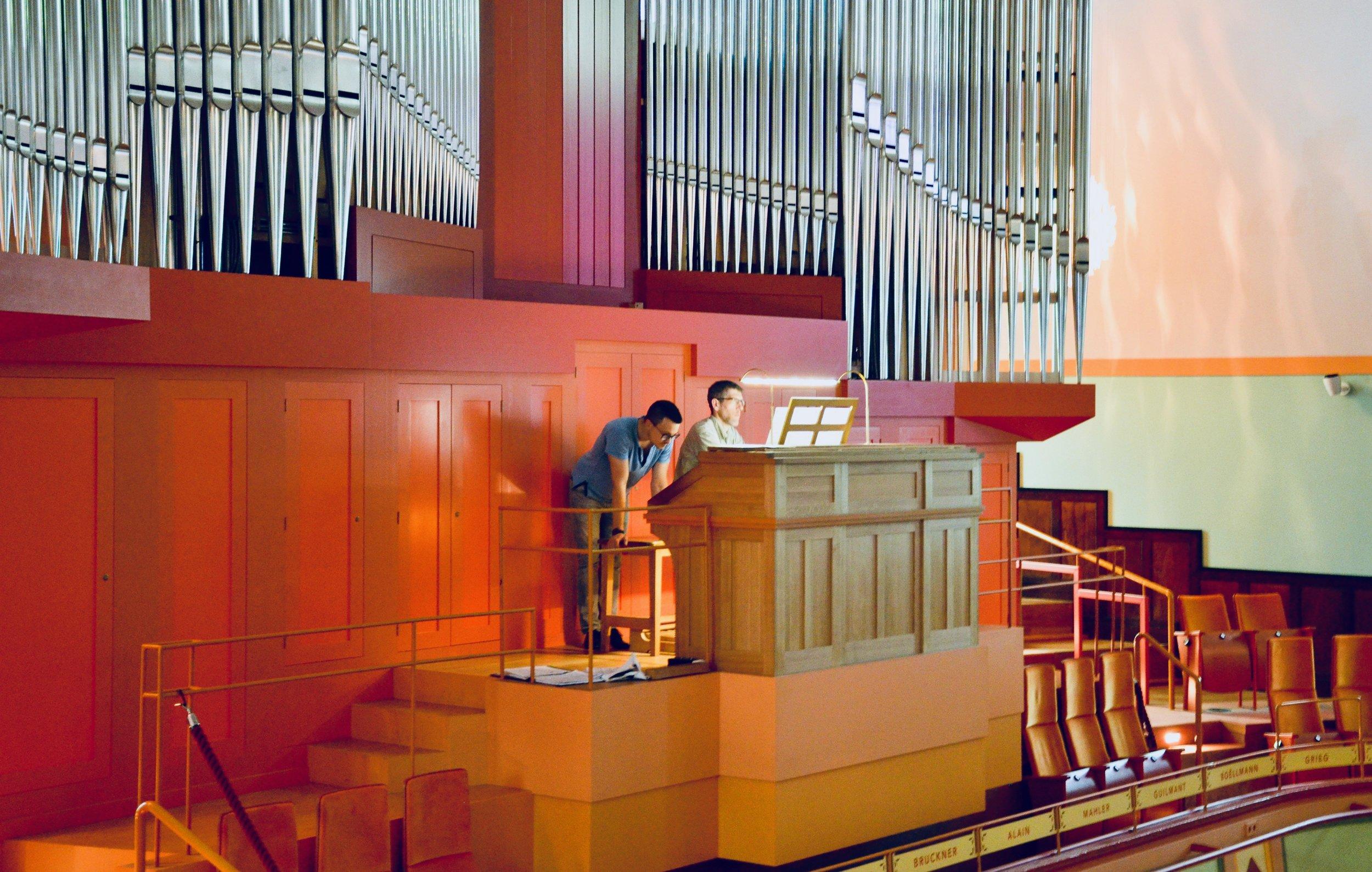 Chris Porter plays Franck on the French romantic organ of Orgelpark, Amsterdam.
