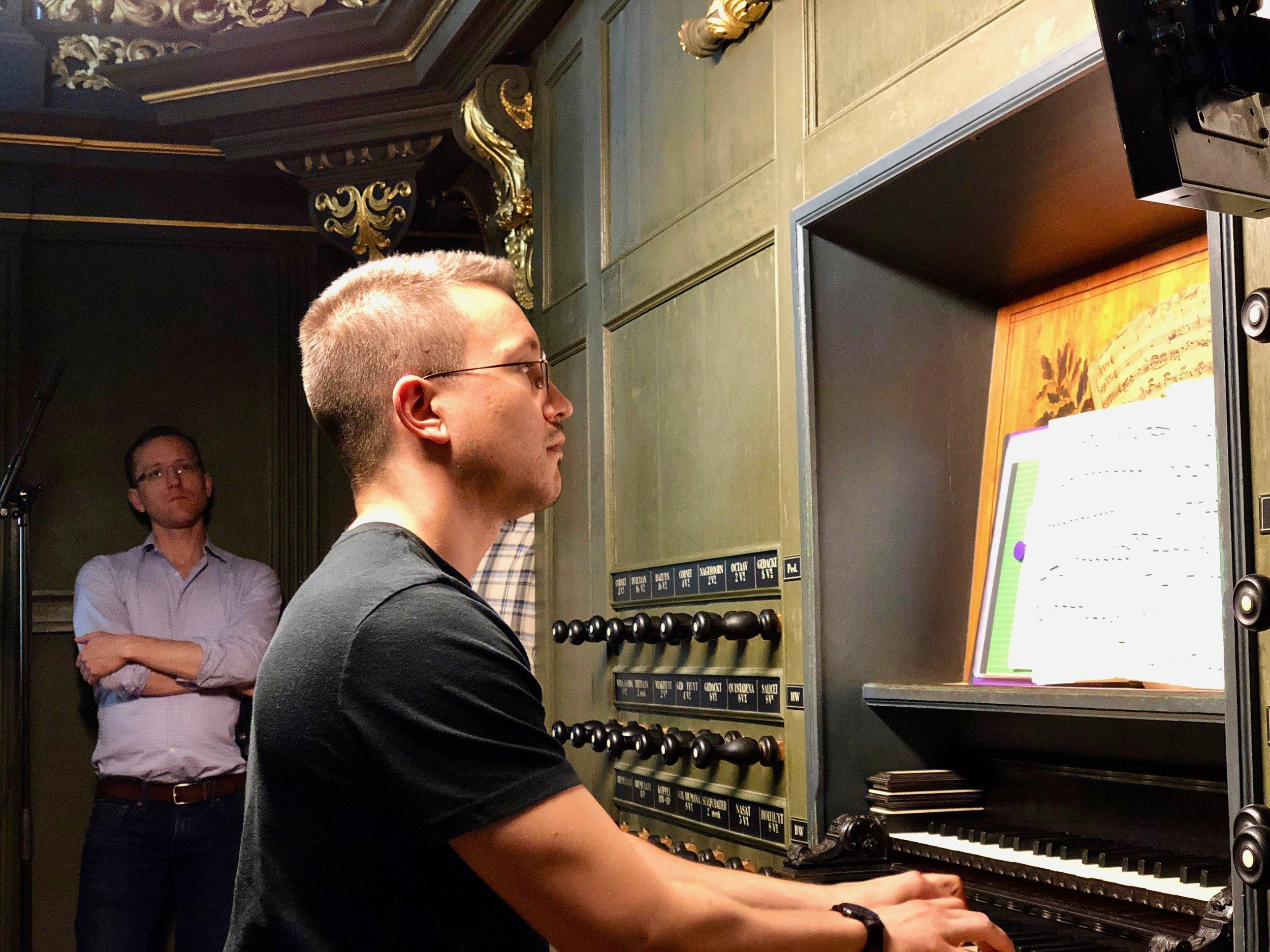 Corey De Tar at the console of 1692 Arp Schnitger pipe organ, Martinikerk, Groningen.
