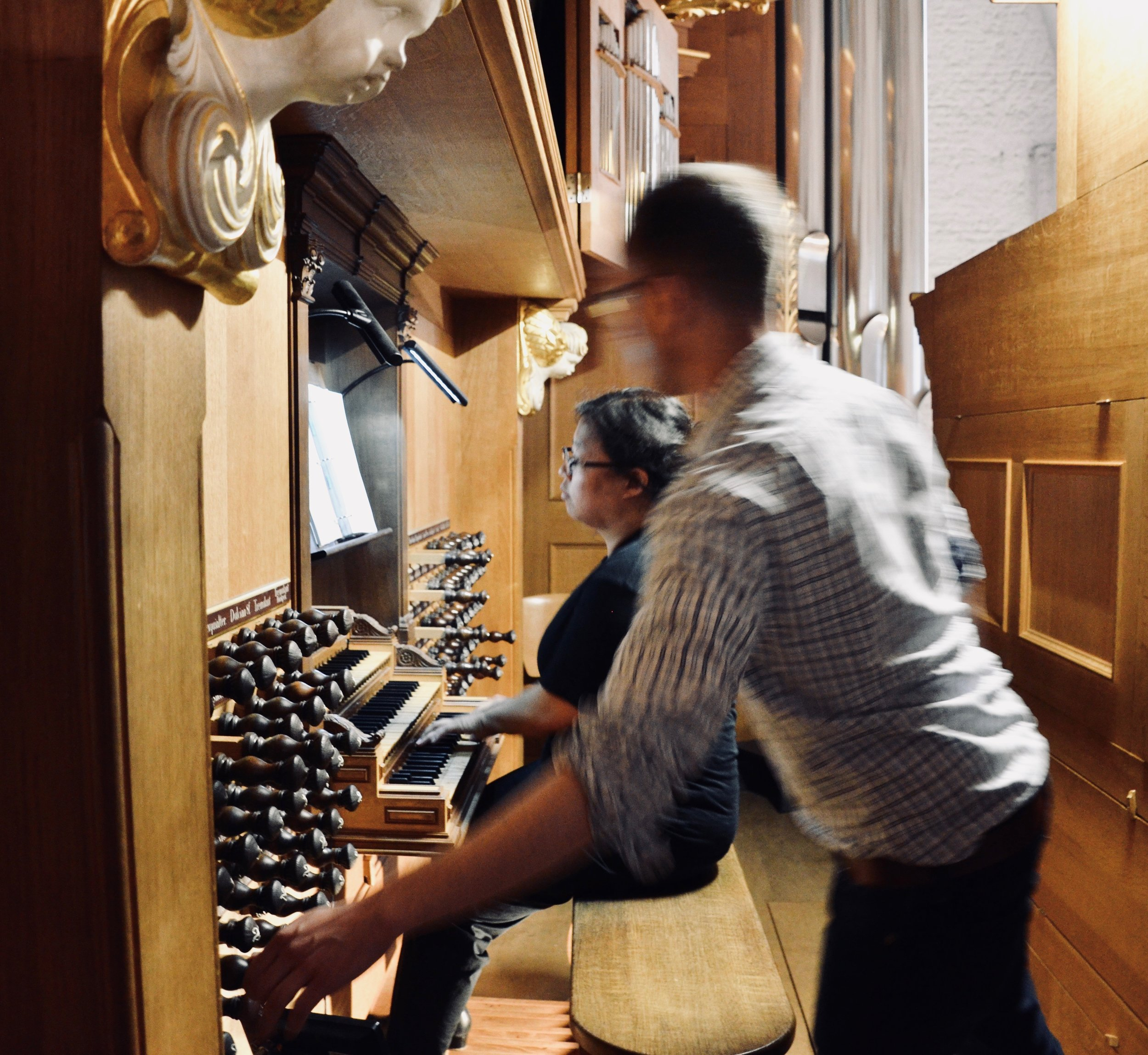 Jennifer Hsiao plays the Schnitger organ in St. Jacobi, Hamburg, with Christian Lane running around pulling stops.