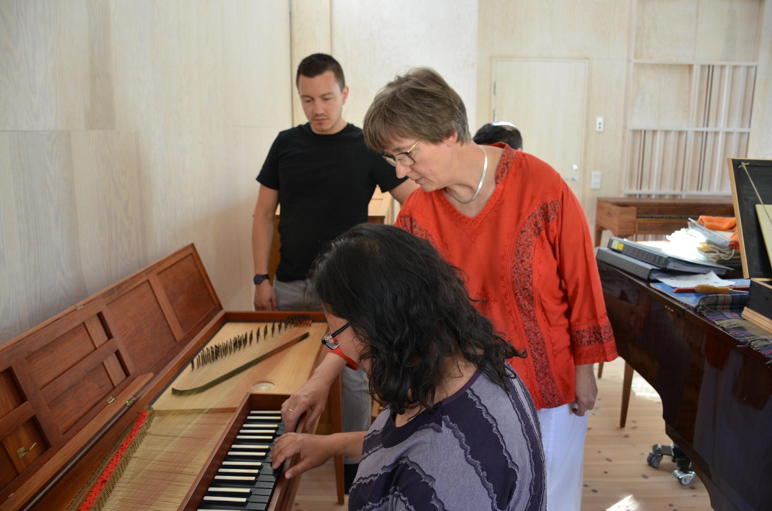 Ulrika Davidsson demonstrates proper clavichord technique.