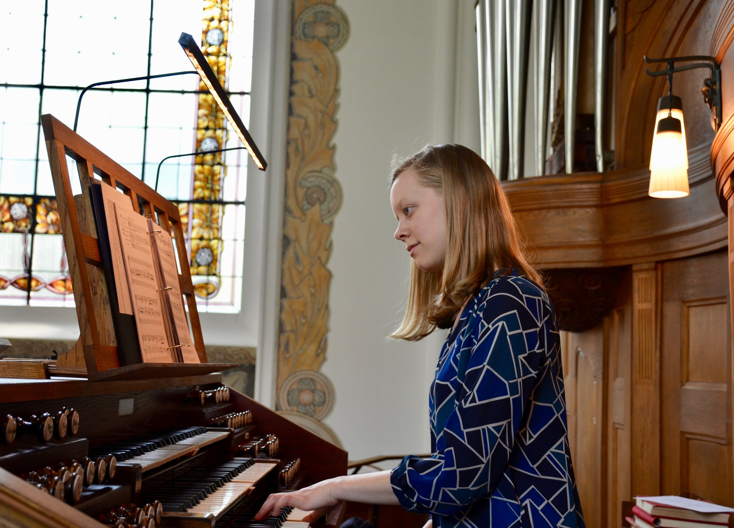 Laura Gullet plays the 1907 Åckerman & Lund organ in S:t Johannes kyrka, Malmö, Sweden.
