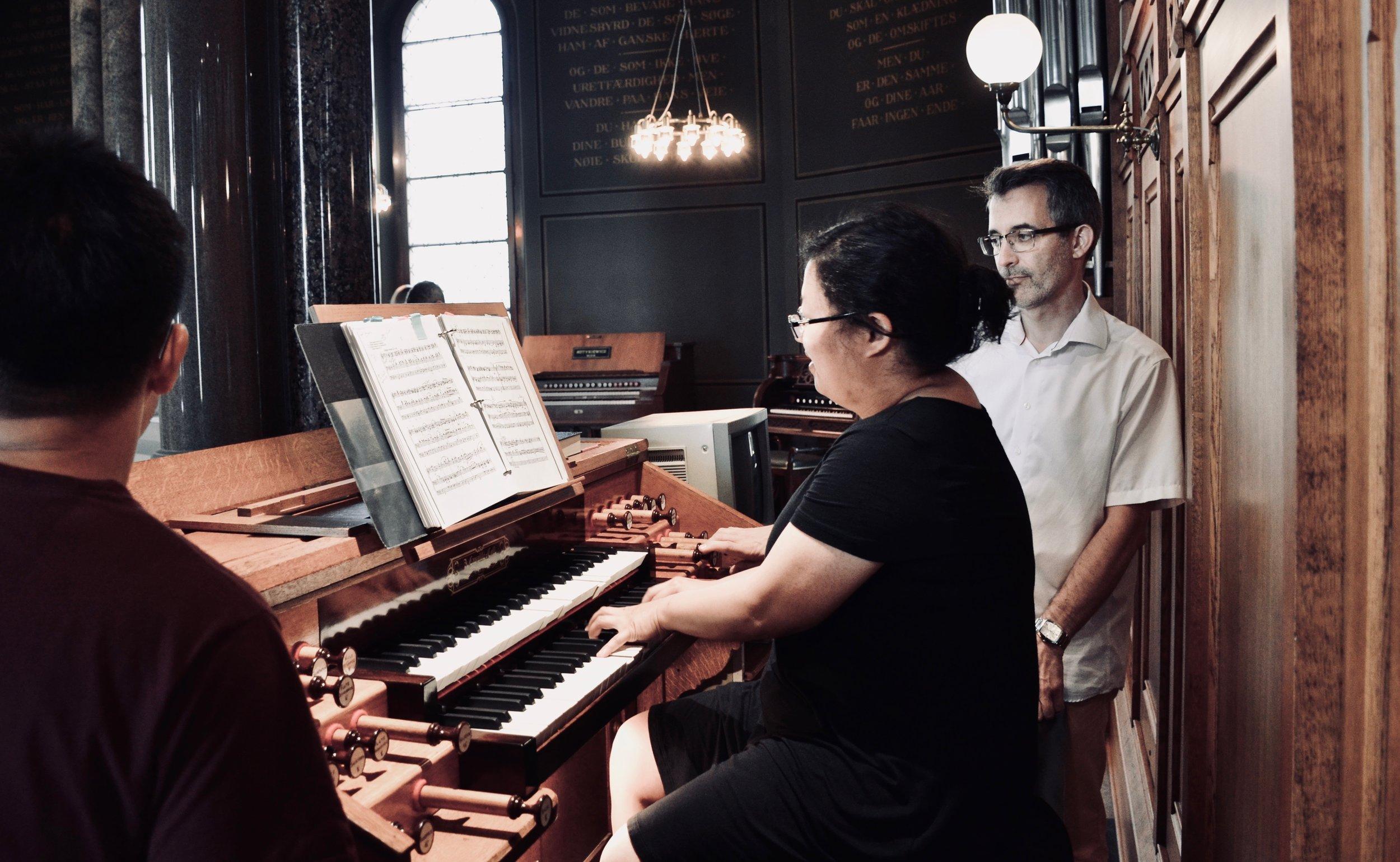 Jennifer Hsiao plays the 1890 Cavaillé-Coll organ, Jesuskirke, Copenhagen.