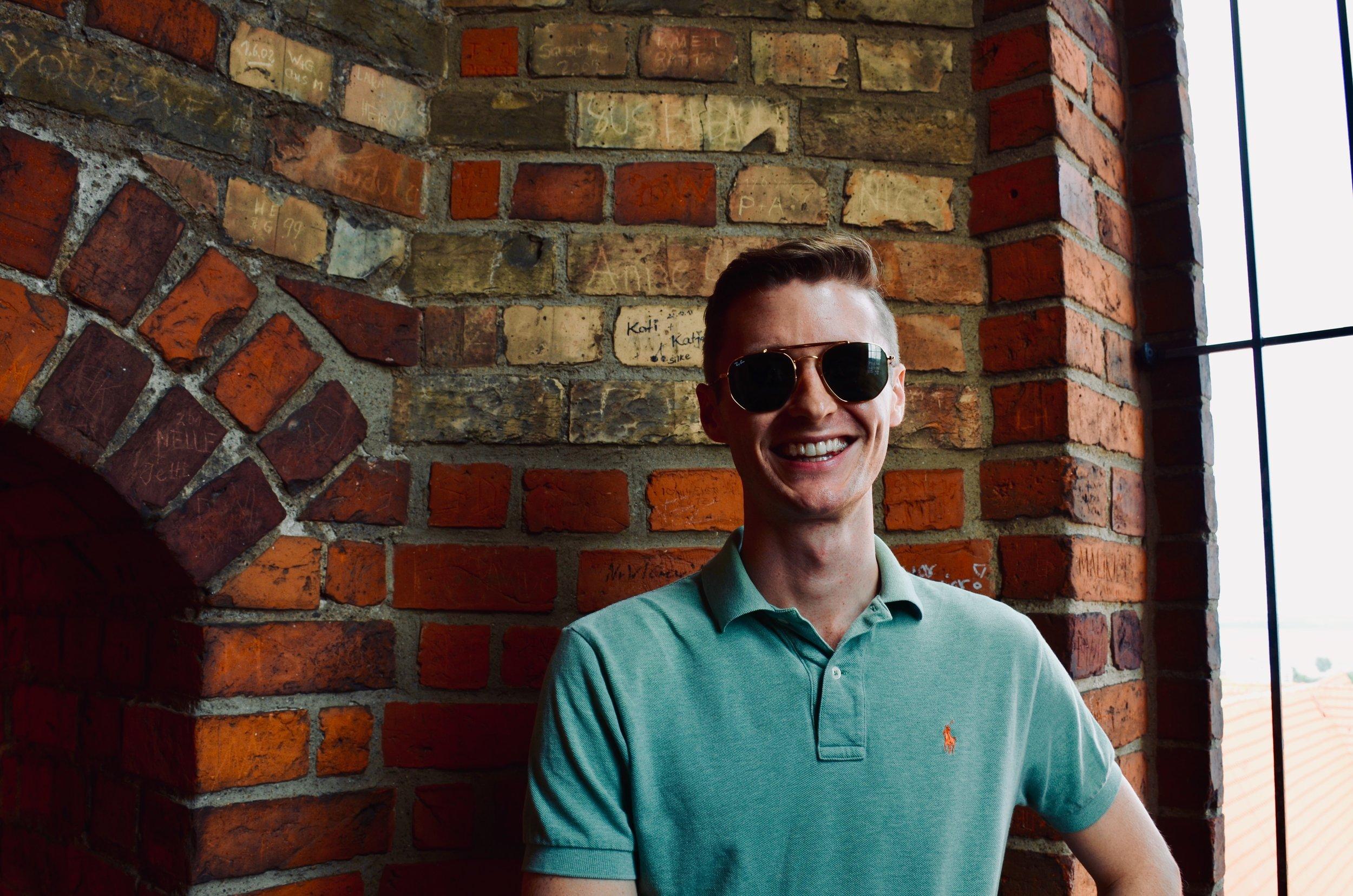 Evan Currie at Schwerin Dom.