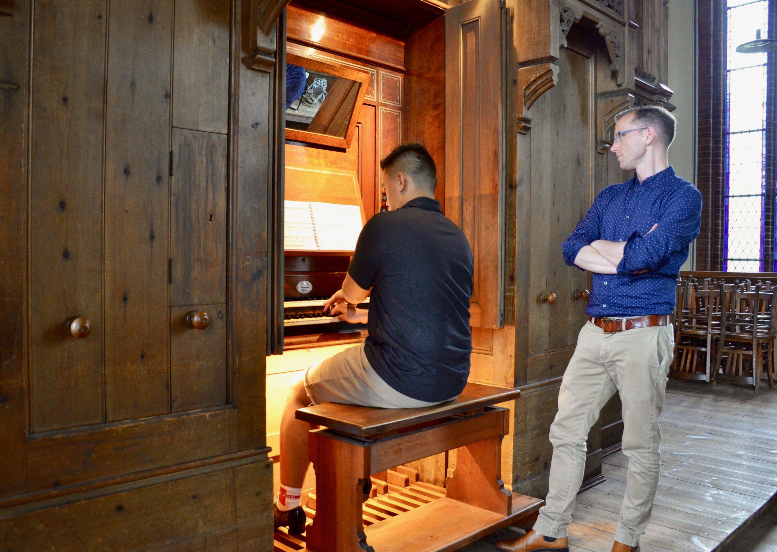 Alexander Straus-Fausto plays 1869 Friese organ, Paulskirche, Schwerin. Boston Organ Studio.