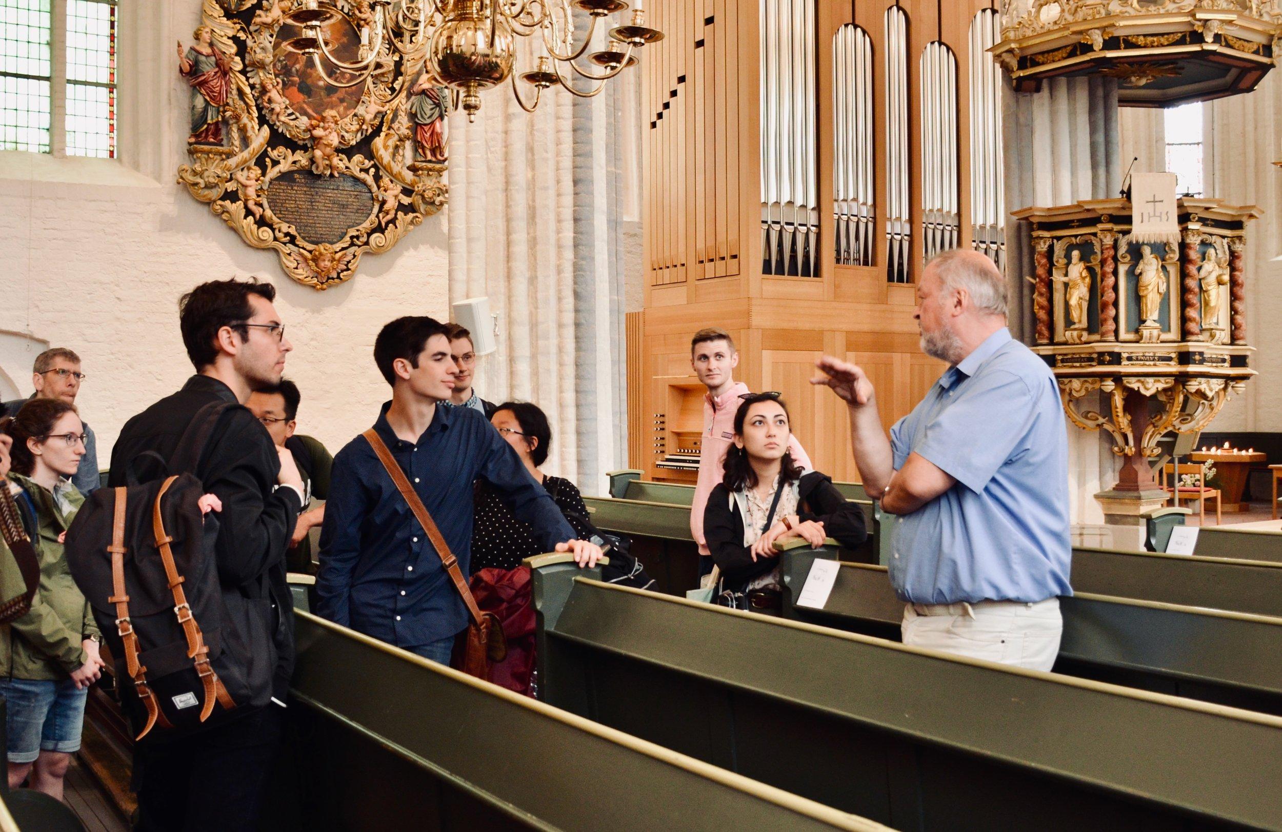 Prof. Marin Böcker introduces the 1736 Bielfeldt organ in St. Wilhaldi, Stade. Boston Organ Studio.